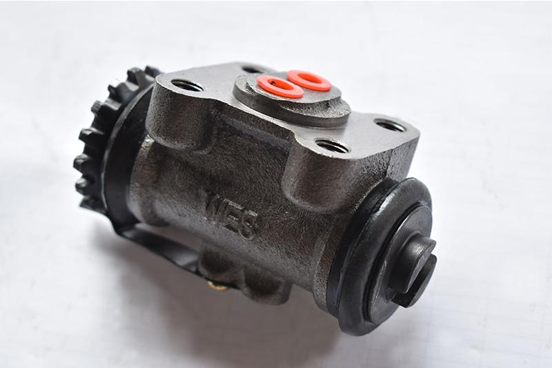 BJ130制动分泵(高台)
