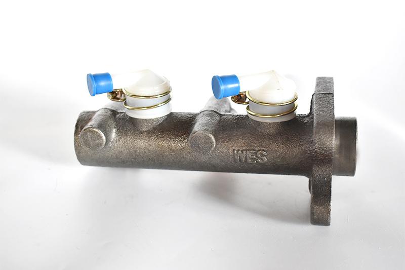 CA1047制动总泵
