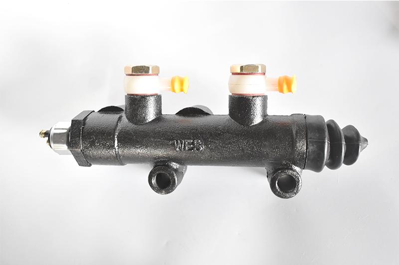 五菱荣光制动分泵