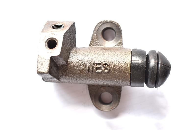 CA1046离合分泵